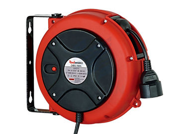 Lightweight 3 Core Retractable Electric Cord Reel , 0.9 Meter Lead In Cable